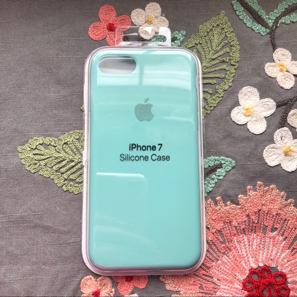 sports shoes 3b242 e8d17 Apple 🍏 iPhone 7 Silicone Case in Sea Blue